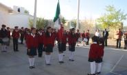 Honores a la bandera en la escuela primaria General Pánfilo Natera de la colonia Jardines del Río.