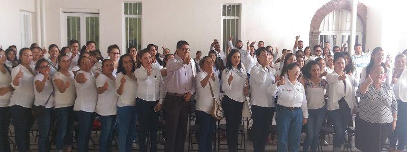 Entrega Gobierno Municipal y SNE más de 561 mil pesos en becas a 125 beneficiarios