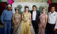 Coronan a Roxana Reina de las fiestas del 77 aniversario de Anastasio V. Hinojosa