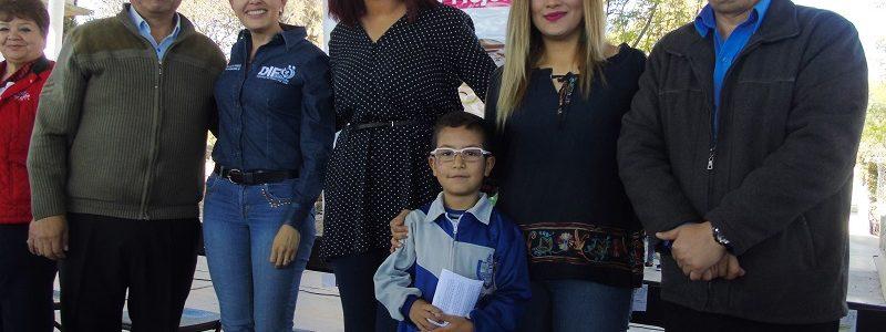 """936 niños y niñas reciben lentes del programa """"Ver bien para aprender mejor"""""""