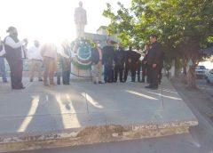 Rinden homenaje a Benito Juárez en el 215 Aniversario de su natalicio